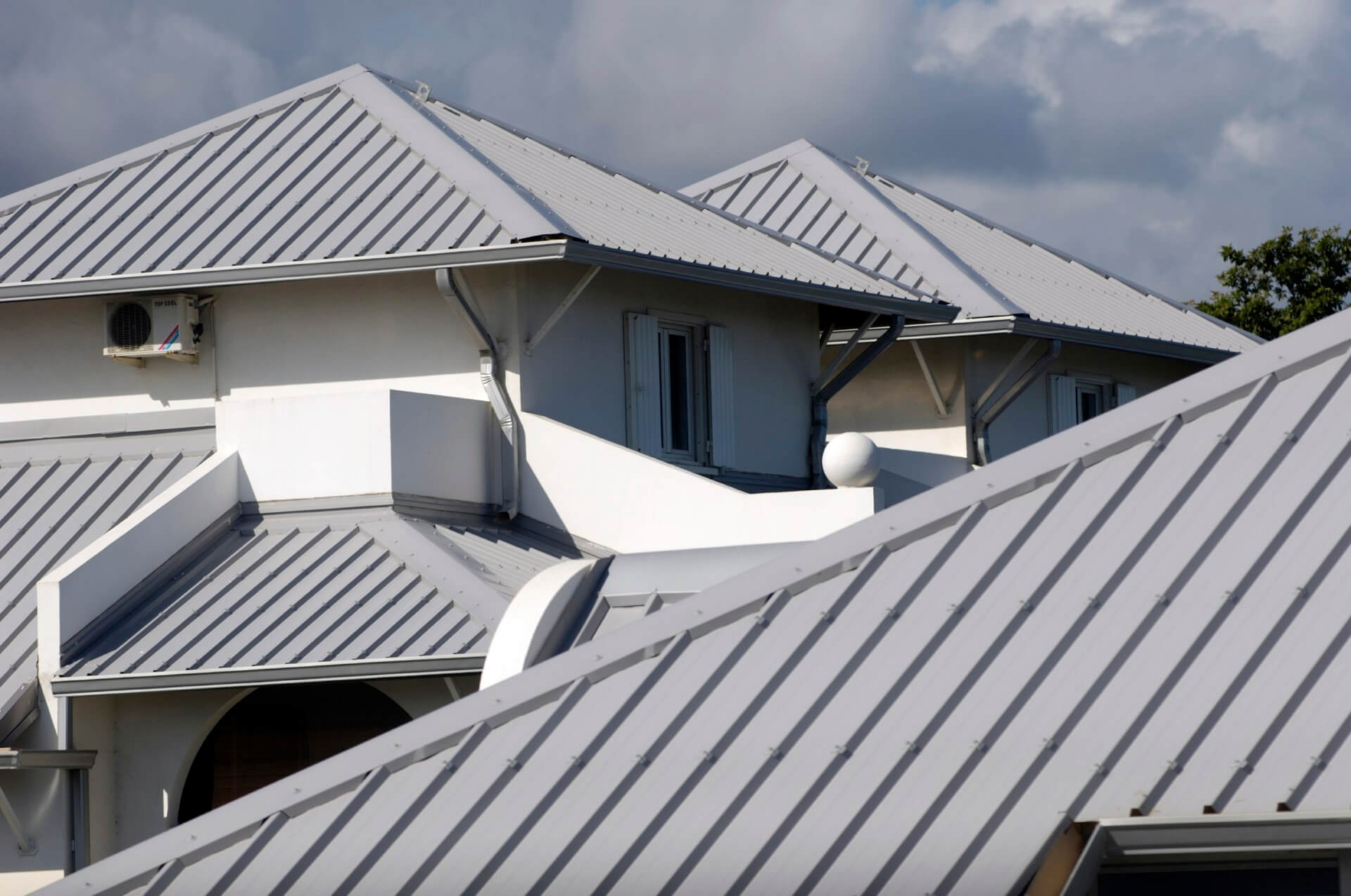 Residential Metal Roofing-Spring Hill Metal Roofing Elite Contracting Group